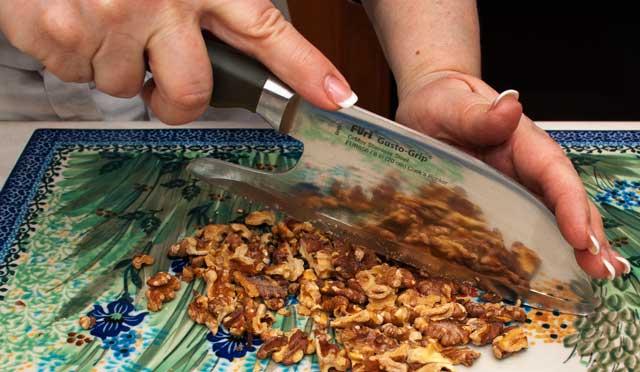 nut chopping