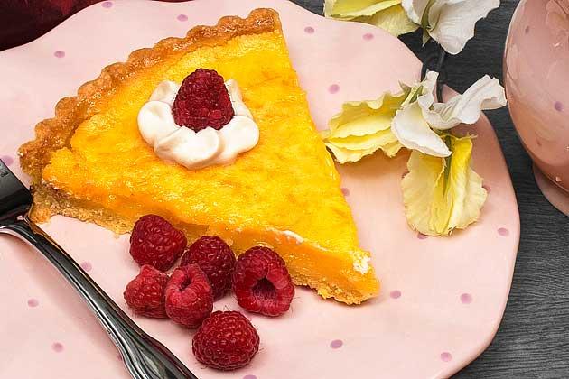 Lemon tart plated