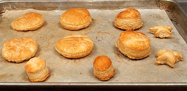 Puff pastry shortcakes