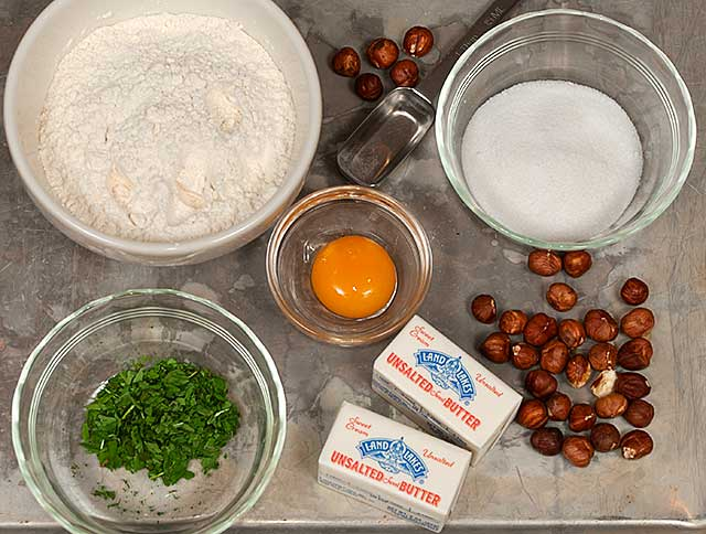 Basil, Hazelnut Crust ingredients