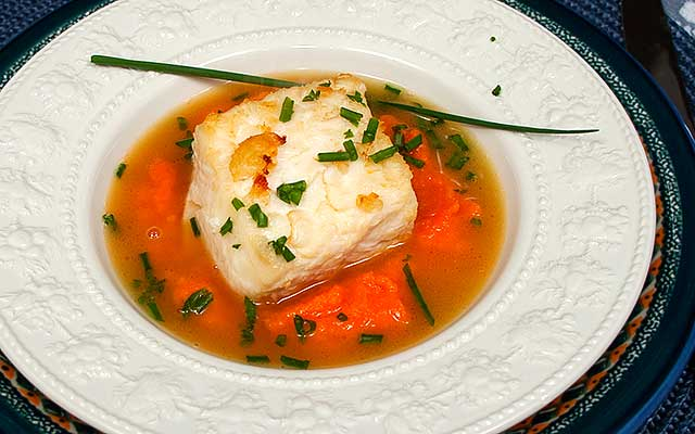 Sautéed halibut recipe with ginger carrot puree