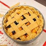 Making a lattice pie crust
