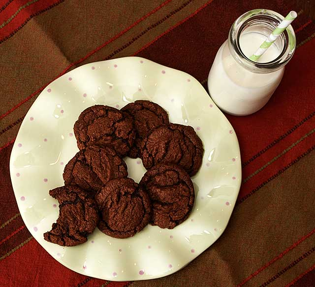 Chocolate hazelnut cookies and milk