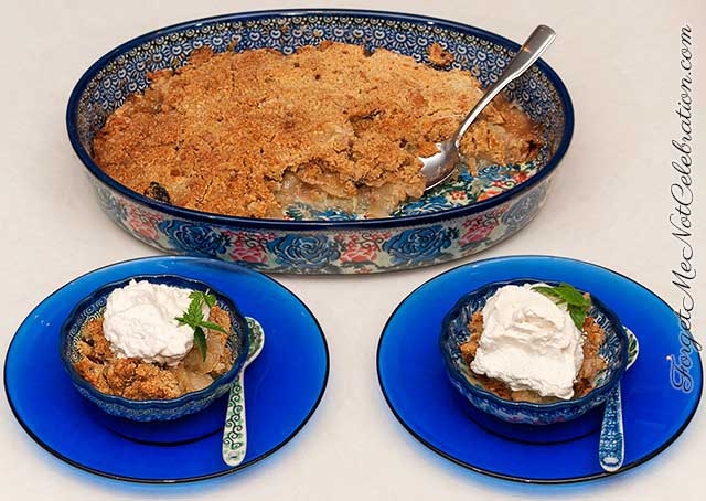 plated apple crisp