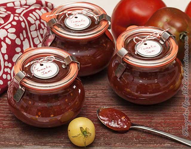 Bottled tomato jam
