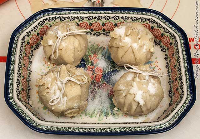 Prepared apple dumplings