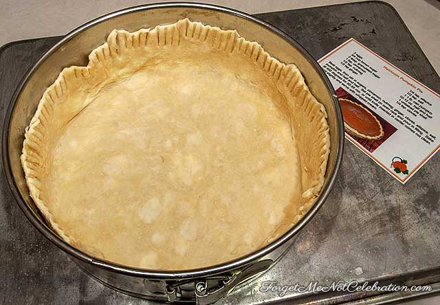 Pie crust in a springform pan