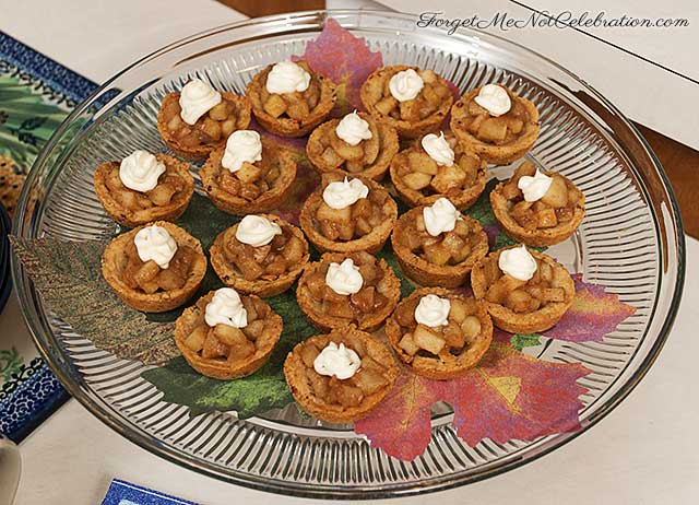 Spiced Apple Two-Bite Tarts