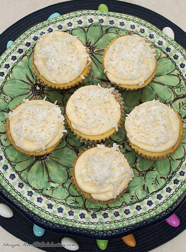 Coconut Cupcakes with Lemon Curd
